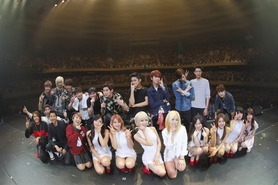 ©2014 FNC Entertainment / FNC MUSIC JAPAN INC. All Rights Reserved.