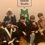 韓国アーティストB.A.PがKpopStarz by AWAに出演!<br>デヒョンとジョンアプがキスシーンを再現!?