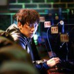 日本でも人気急上昇!イケメン俳優チ・チャンウク、 待望の映画初主演作で<br>激しいアクションにも挑戦! 『操作された都市』<br>ポスタービジュアル&アクション満載の予告編解禁!