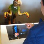 ロボットがはたらく「変なホテル ハウステンボス」で、新光商事の未来型インターフェース「AIplay」を採用したフロントシステムが11月1日から稼働開始!