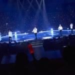 BIGBANGの系譜を継ぐ大型新人iKON(アイコン)、 <br>自身初となるセンターステージでのクリスマスライブに15,000人熱狂! <br>≪オフィシャルレポート≫